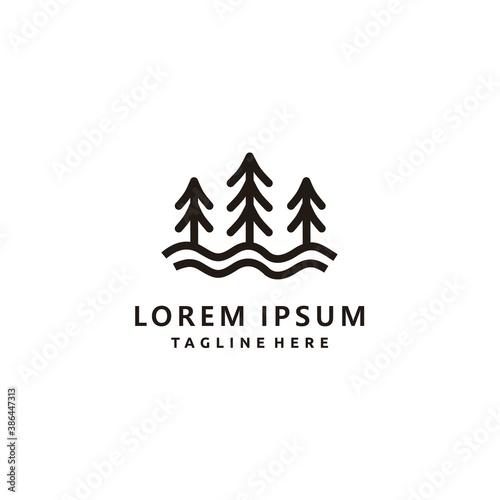 Photo Evergreen pine tree with river creek logo design vector