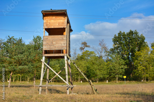 Canvastavla Wooden tower dear stand as vantage point for hunters