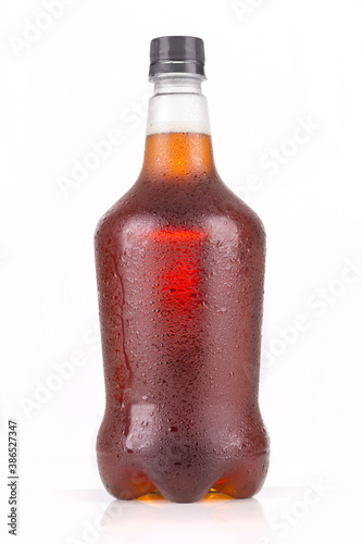 Photo Beer growler with Inda pale ale inside isolated on white background