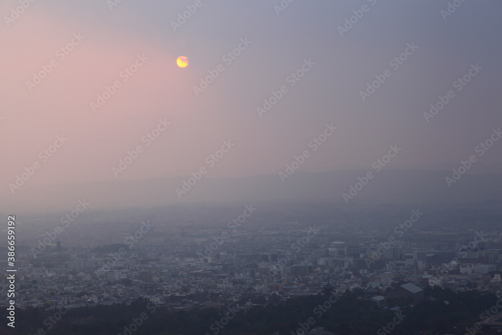 Fototapeta 夕暮れの奈良盆地