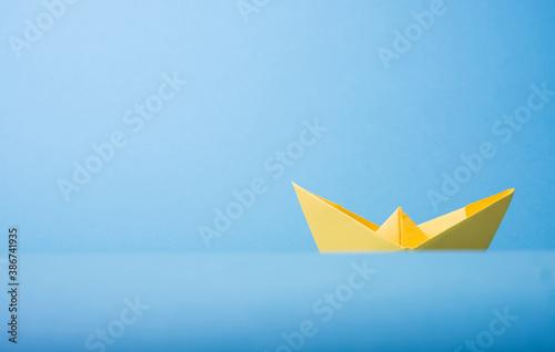 origami paper boat - 386741935