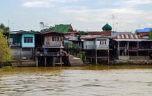 Ayutthaya, Thailand - Chao Phraya River Homes In The Muslim District