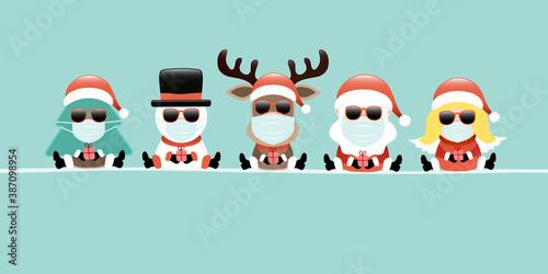 Karte Baum Schneemann Rentier Weihnachtsmann Und Engel Maske Mit Sonnenbrille Türkis - 387098954