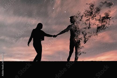 Silueta de pareja en negro Fototapet