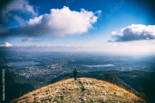 Fotomural Monte Bolettone, Lombardia (Albavilla, Como)