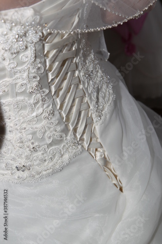 Foto Brautkleid in weiß