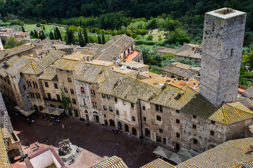 Naklejka premium San Gimignano is a small walled medieval hill town. Known as the Town of Fine Towers, San Gimignano is a UNESCO World Heritage Site.