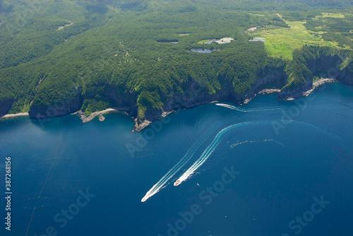 Fotomural 空から見る知床五湖と海(北海道・知床)