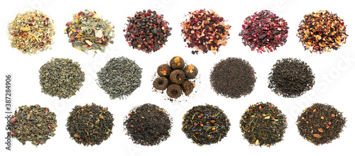 Obraz Different dry tea leaves on white background - fototapety do salonu