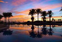 Beautiful Bright Sunrise Refle...
