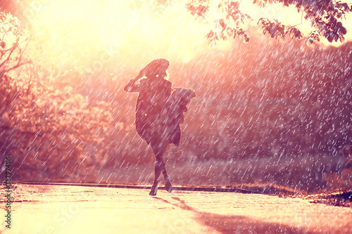 Fotomural summer rain romance girl happiness / weather rain, summer mood, happy cheerful w