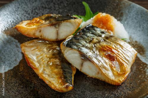 Obraz na plátne 塩サバ焼き