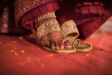 Indian Bride Wearing Wedding Sandal | Henna On Feet