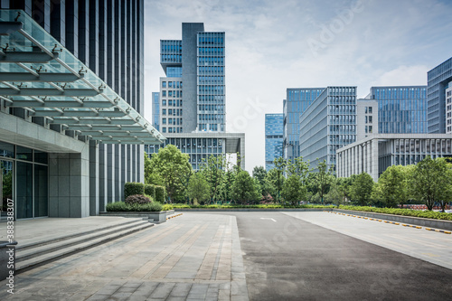 Fototapety, obrazy: exterior of a modern office building