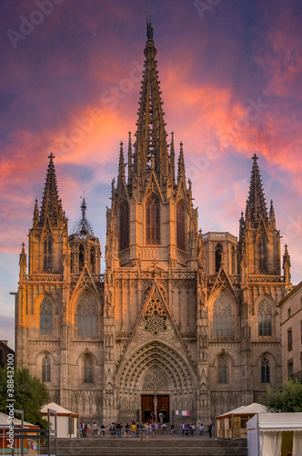 Fotografia Gothic Cathedral of the Holy Cross and Saint Eulalia, or Barcelona Cathedral in