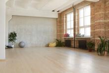Image Of Modern Empty Dance St...