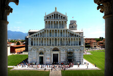 Pisa Cathedral. Facade. Romane...