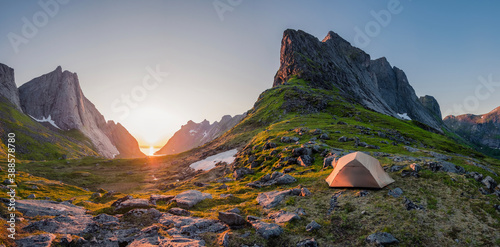 Foto wild camping in the lofoten islands