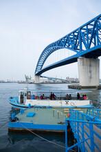 千歳の渡船と千歳橋