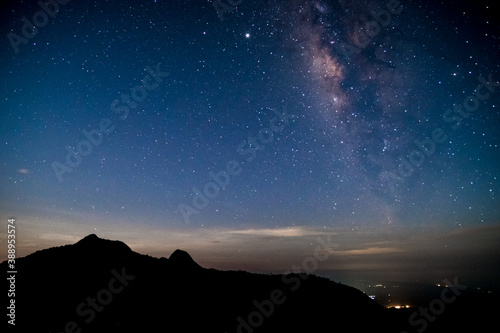 Fototapeta Amazing stary night above the mountain range in Doi Luang National Park, Thailand. obraz