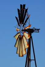 éolienne Vue De Profil