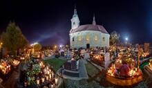 Cmentarz W Nocy, Dzień Zadusz...