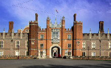 Hampton Court Palace, Richmond...