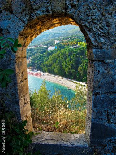 view from a ruin Fotobehang