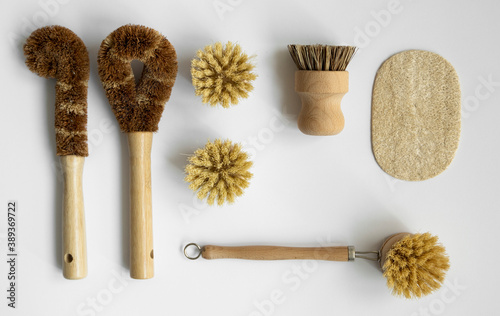 Obraz na plátne Set of brushes for eco-cleaning the home, washing dishes and surfaces without chemicals on a gray surface