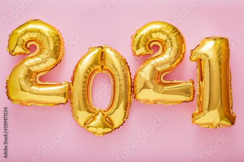 Fotografie, Obraz 2021 balloon text on pink background