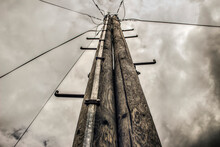 Double Electric Pole With Ligh...