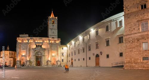 Fotografia, Obraz Night view of the Renaissance and medieval squares of Ascoli Piceno, Italy