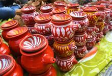 Decorative Earthen Pots And Cl...