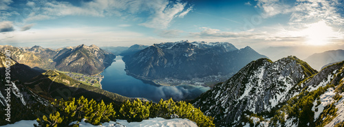 Beautiful panoramic view of the Achensee from Barenkopf rock during sunrise in autumn with dramatic sky Billede på lærred