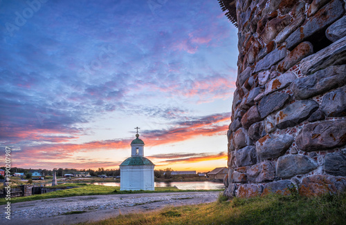Fotografie, Obraz The Peter and Paul Chapel and the masonry of the tower of the Solovetsky Monaste