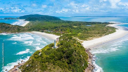 Obraz Ilha do Mel - Paraná. Panoramic aerial view of Ilha do Mel and its beaches - fototapety do salonu