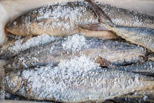 Foto Marinated salted fish and dried seafood