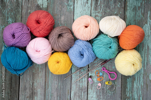 Fotografering background of coils of yarn for knitting
