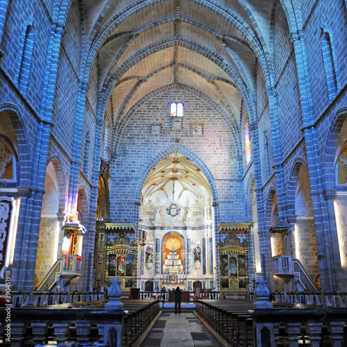 Fotomural Évora, World Heritage City by Unesco, Portugal: Interior of San Francisco church
