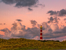 Leuchtturm In Der Abendstunde