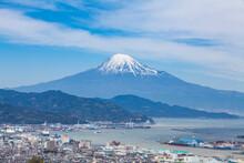 日本平から見た富士山...