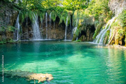 Fototapety, obrazy: Amazing azure lake with waterfalls