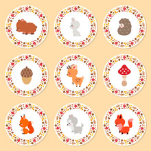 Autumn Cupcake Toppers. Set Of Cute Cupcake Toppers With Little Woodland Animals And Wreathes Made Of Autumn Plants. Can Be Used As Greeting Cards, Gift Tags Or Icons. Vector 10 EPS.