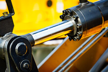 Hydraulic Mechanism On Modern Machine