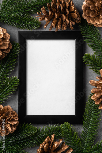 Fotografia Christmas composition with empty picture frame