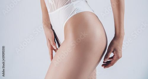 Obraz Beautiful slim woman body. Sensual fit body woman.  - fototapety do salonu