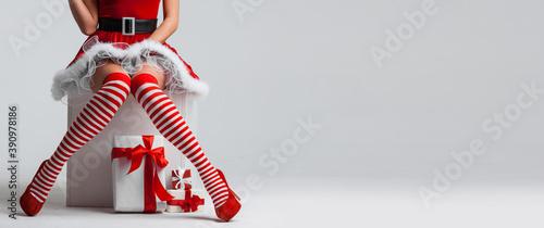 Slika na platnu Christmas pinup girl and gifts