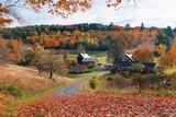 Fototapeta Most - Beautiful Fall colors farm house