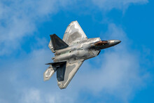 Sanford, Florida – October 31, 2020:  F-22 Raptor Performance By The F-22 Demo Team At The Lockheed Martin Space And Air Show In Sanford, Florida, On October 31, 2020.