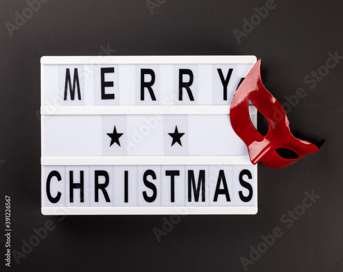 Lightbox with text message Merry Christmas.
